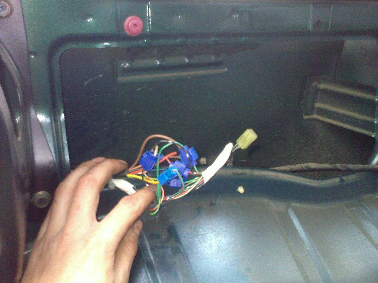 Filetow Bar Electrics Wiring Figure 04 Scotch Locks For Tow Plug